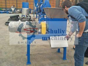 Iraq customer visiting for fish meal machine
