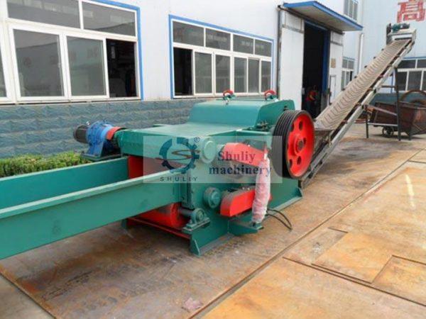 large wood chipping machine